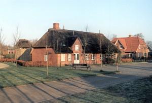 Kirchenhaus in Stadum